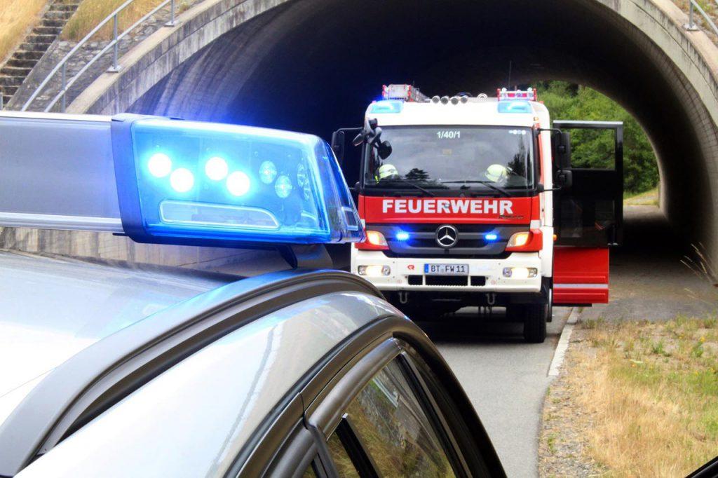 Feuerwehr und Polizeiauto